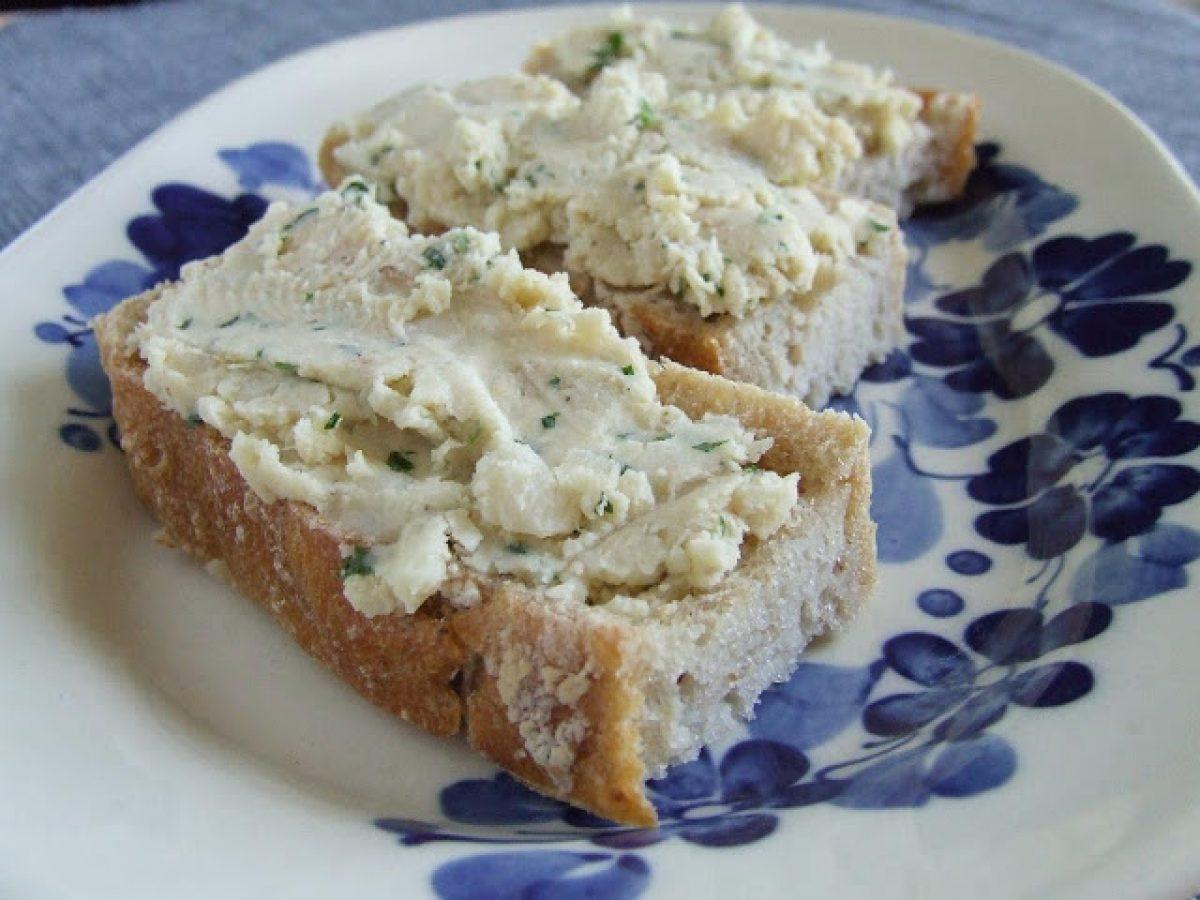 Pierwszy chleb na zakwasie z hummusem po polsku i 10 zdjęcie