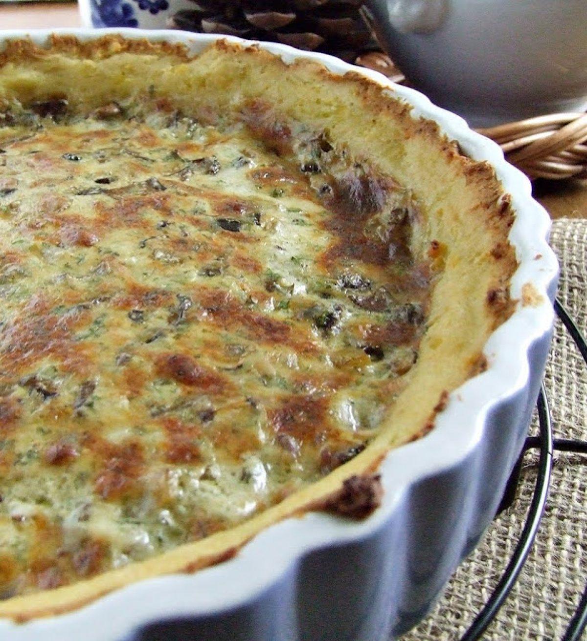 Tarta z podgrzybkami i serem Morbier na ziemniaczanym spodzie