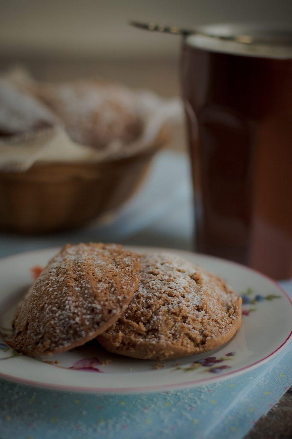 Razowe magdalenki z karobem (bez cukru)