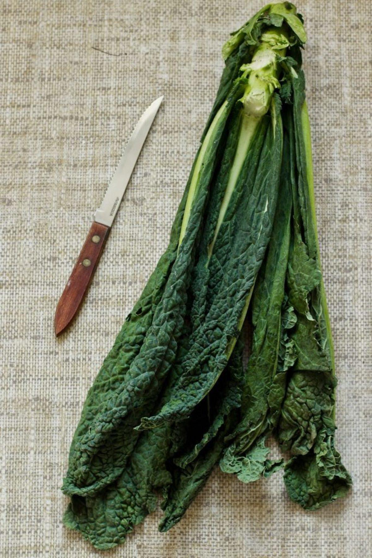 Gulasz z kapustą toskańską i kasza jaglaną