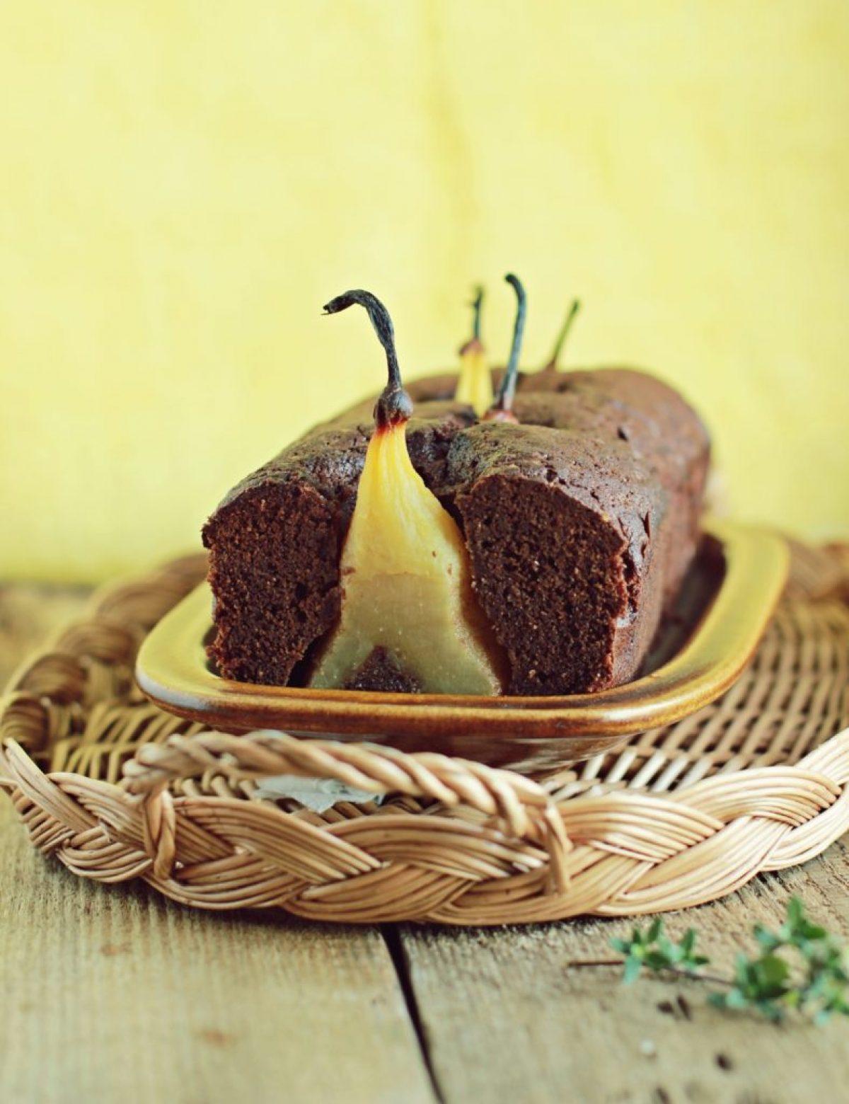 Czekoladowe, bezglutenowe ciasto z całymi gruszkami – pyszności od Free Delikatesy Ekologiczne! :)