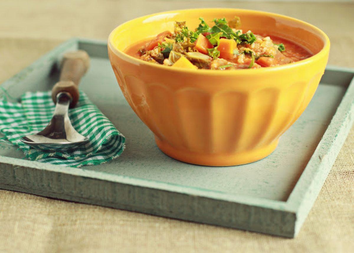 Zupa z dynią i jarmużem
