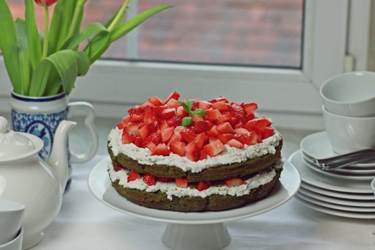 Wegańskie ciasto dla Mamy na Dzień Matki!